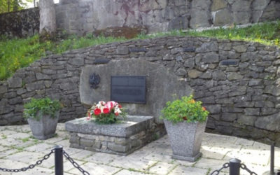 Pomnik w Zawoi Centrum